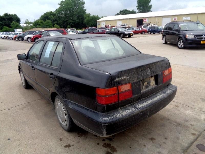 Volkswagen Jetta III 1995 price $895