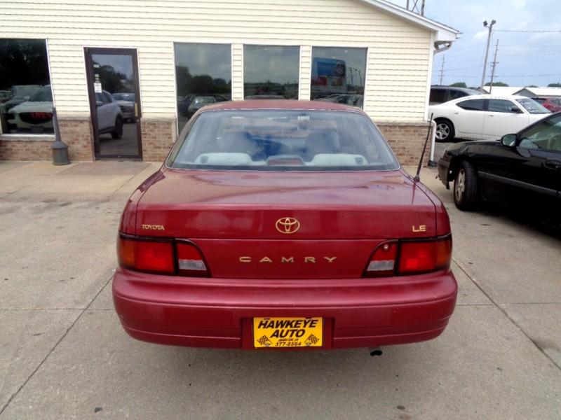 Toyota Camry 1995 price $1,995