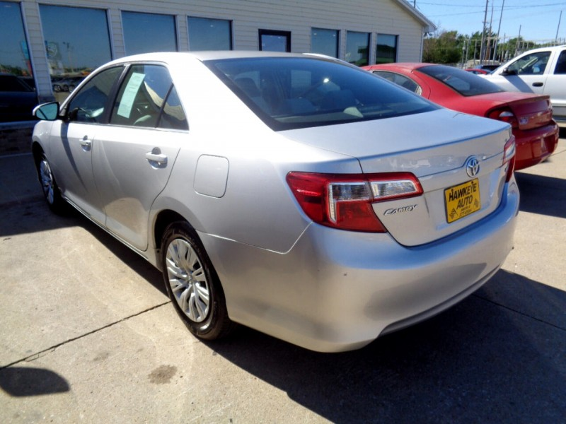 Toyota Camry 2012 price $9,650