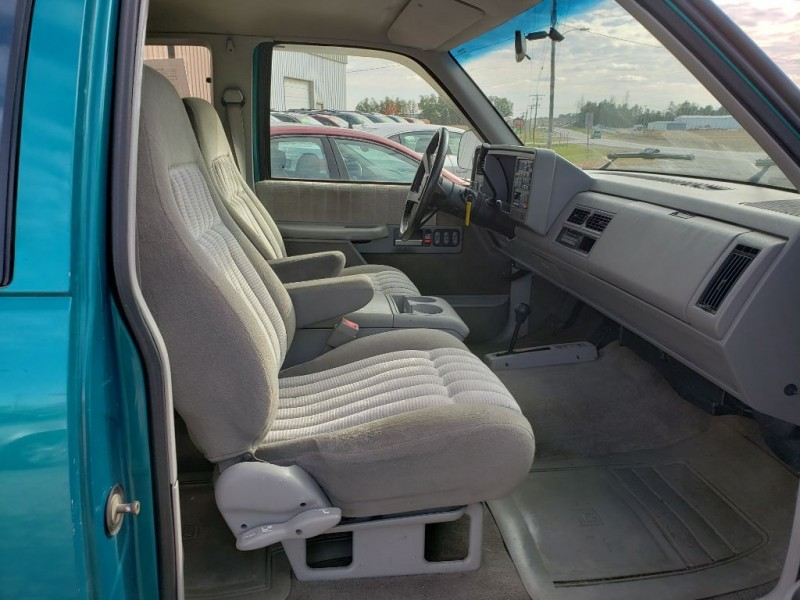 CHEVROLET SILVERADO 1500 1993 price $3,250