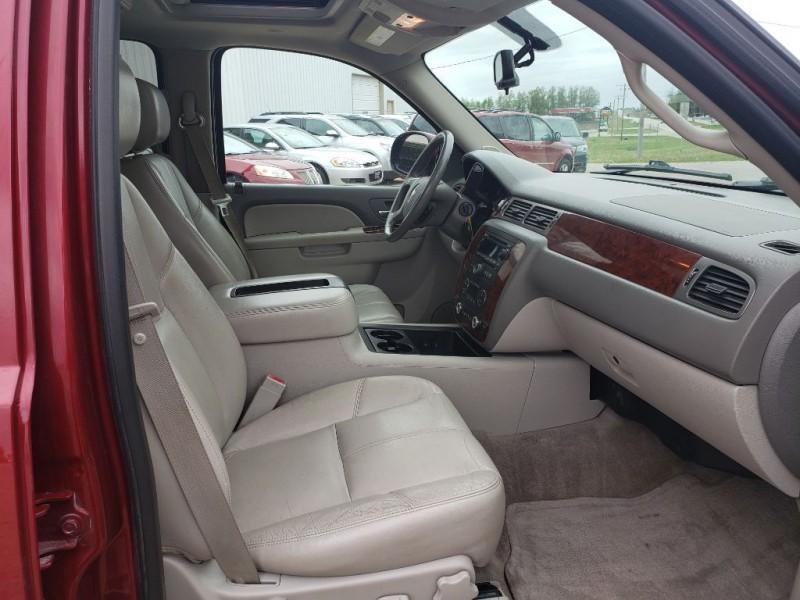 CHEVROLET TAHOE 2011 price $10,450