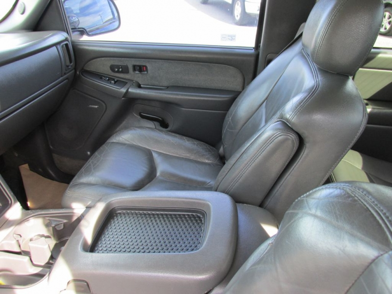 CHEVROLET SILVERADO 1500 2003 price $6,477