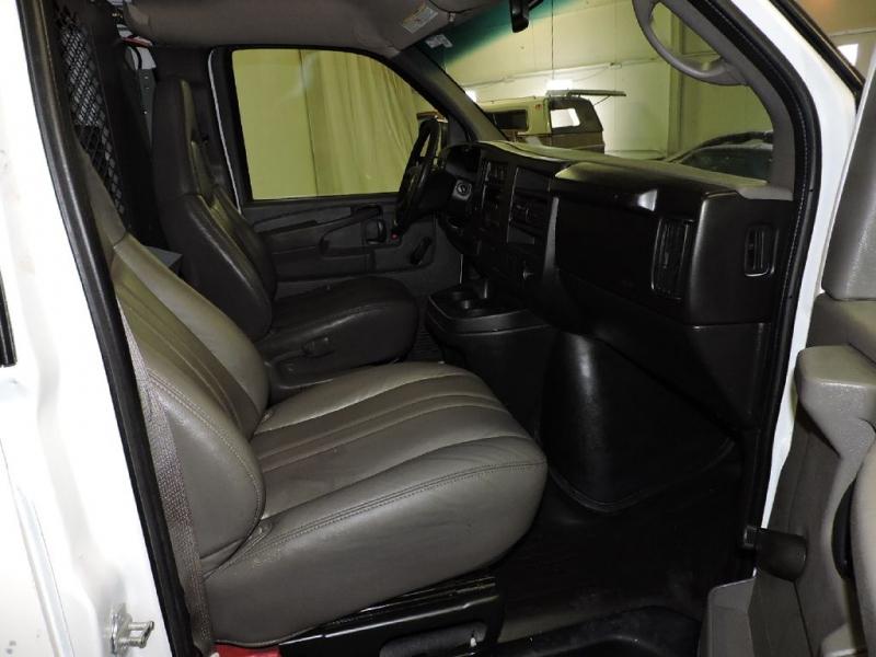 CHEVROLET EXPRESS G1500 2009 price $10,499