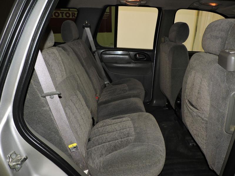 GMC ENVOY 2004 price $5,399