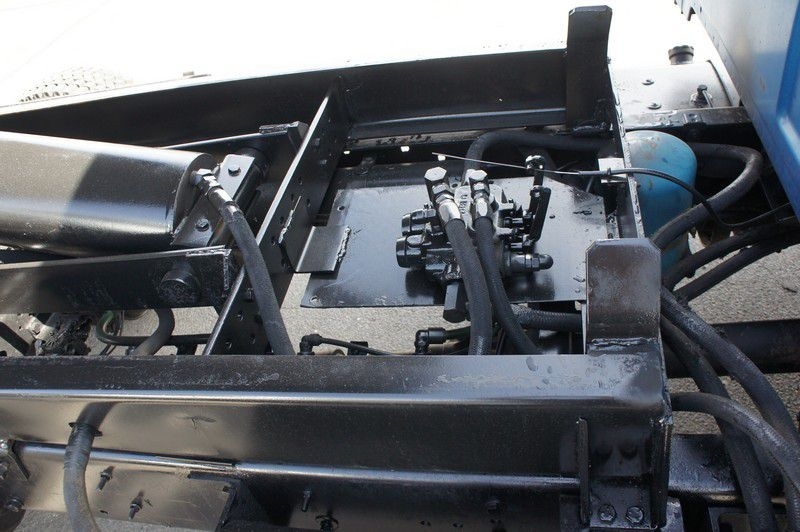 STERLING M6500 2003 price $19,999