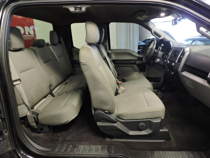 FORD F150 2015 price $23,299