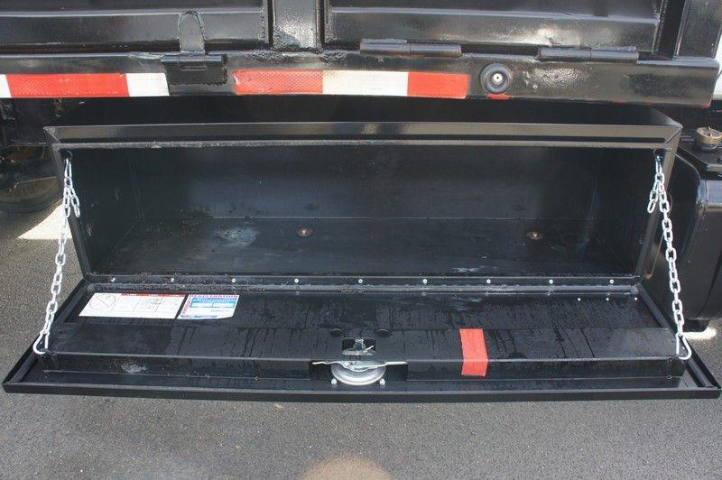 CHEVROLET C7500 2000 price $16,999