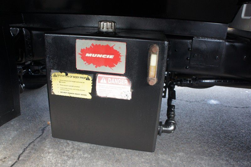 GMC C5500 2005 price $49,999