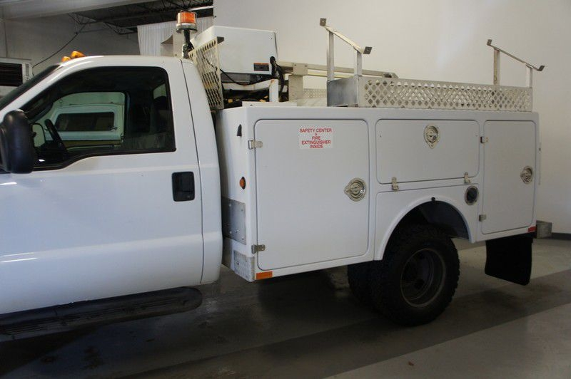 FORD F350 2006 price $15,999