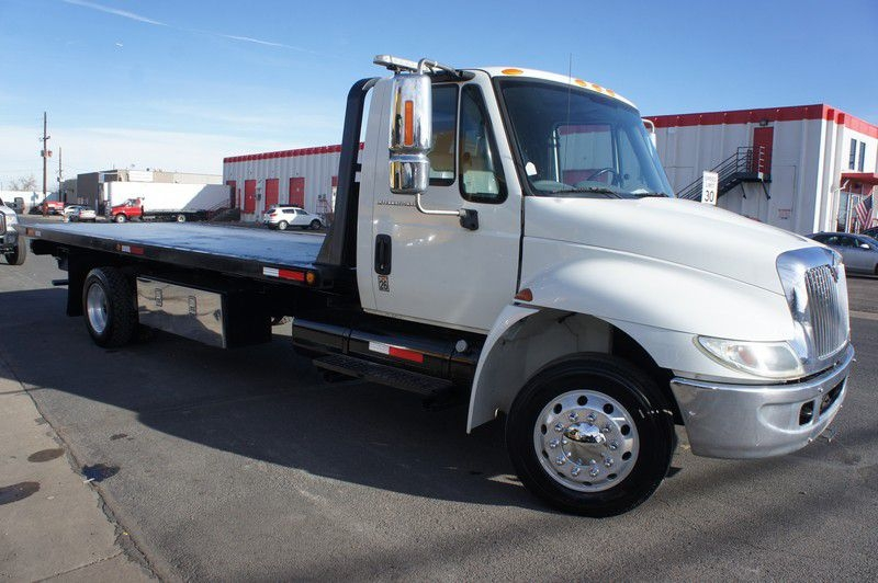 INTERNATIONAL 4300 2004 price $28,999