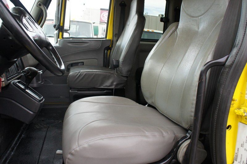 INTERNATIONAL 4400 2011 price $52,999