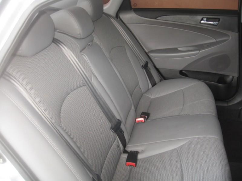 Hyundai Sonata 2011 price $9,999