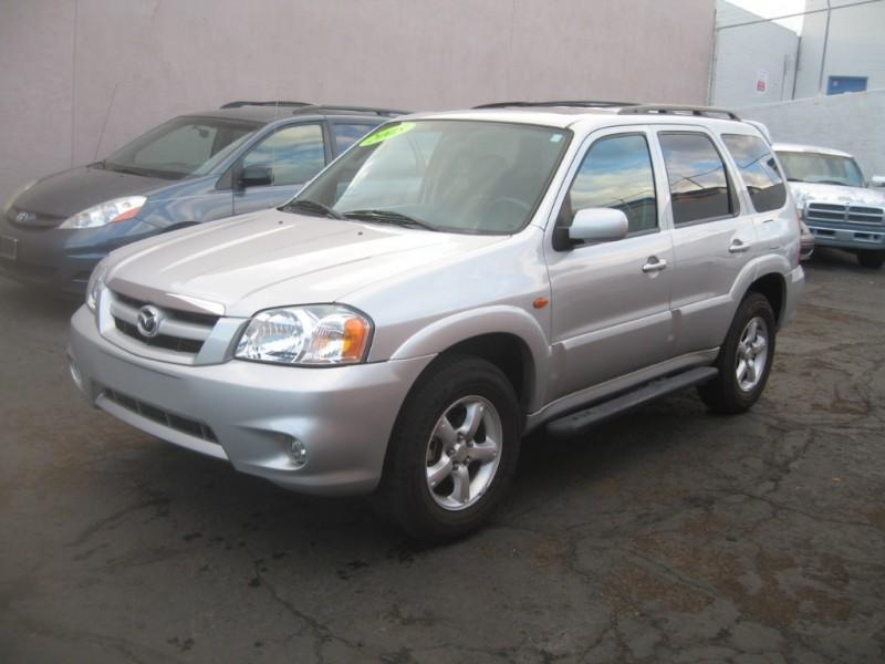 Mazda Tribute 2005 price $5,249