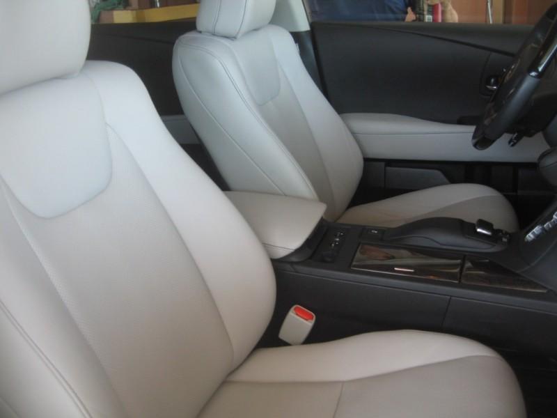 Lexus RX 350 2015 price $25,999