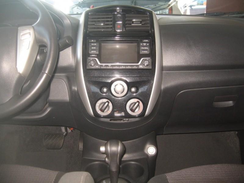 Nissan Versa Sedan 2017 price $10,999