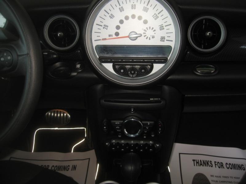 Mini Cooper Hardtop 2012 price $10,499