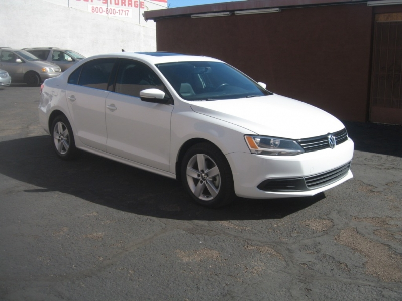Volkswagen Jetta Sedan 2014 price $9,999