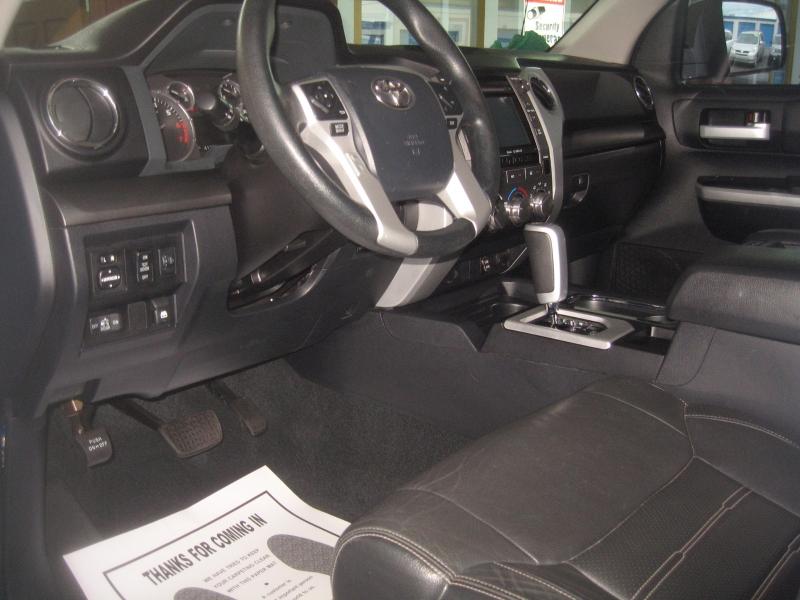 Toyota Tundra 4WD 2017 price $34,999