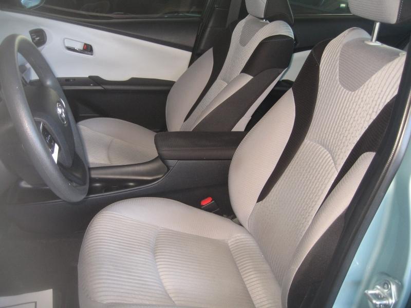 Toyota Prius 2016 price $15,999