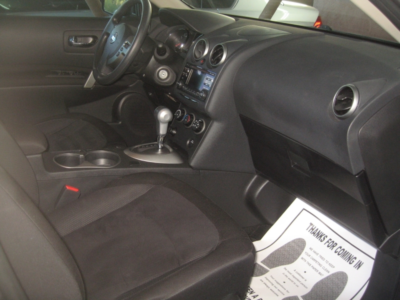 Nissan Rogue Select 2015 price $10,999