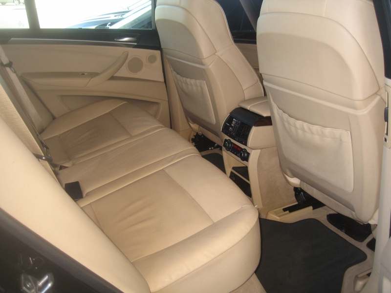 BMW X5 2011 price $9,999