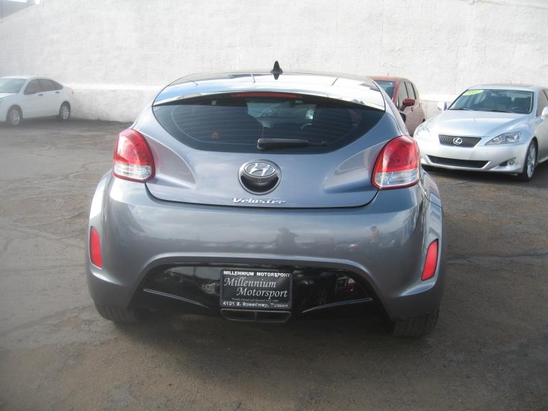 Hyundai Veloster 2016 price $9,999
