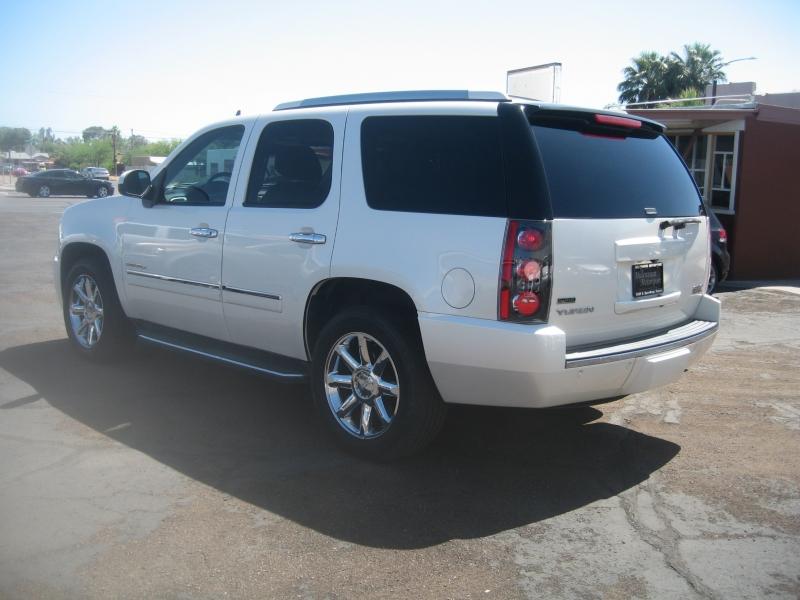 GMC Yukon 2011 price $12,999