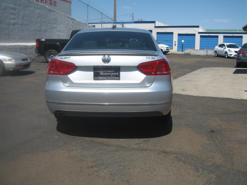 Volkswagen Passat 2013 price $9,999