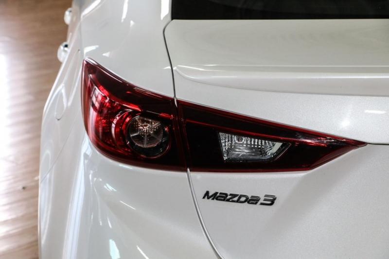 Mazda Mazda3 2015 price $14,995