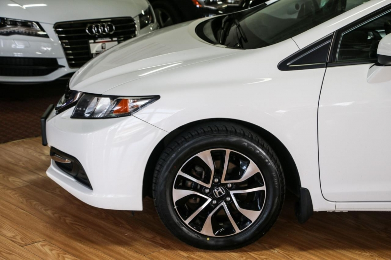 Honda Civic Sedan 2015 price $15,995