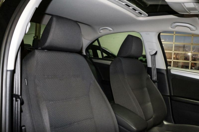 Volkswagen Jetta Sedan 2013 price $10,500