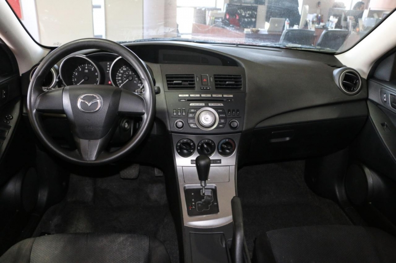 Mazda Mazda3 2011 price $8,995