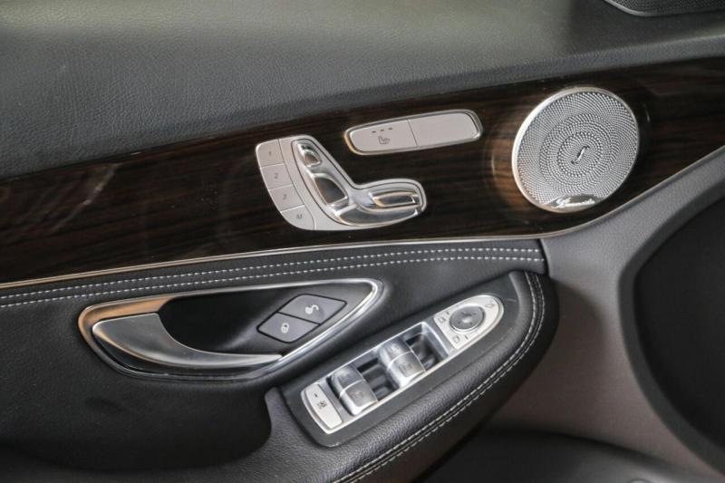 Mercedes-Benz C-Class 2016 price $24,500