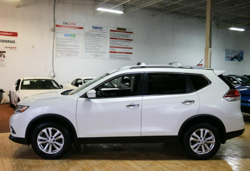 Nissan Rogue 2015 price $16,995