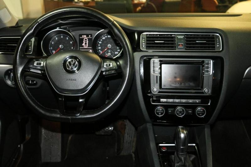 Volkswagen Jetta Sedan 2016 price $15,500