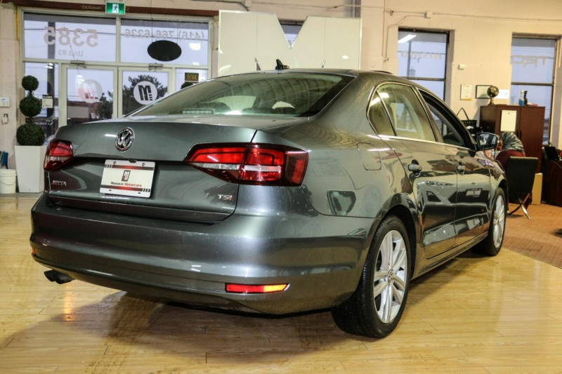 Volkswagen Jetta Sedan 2016 price $15,995