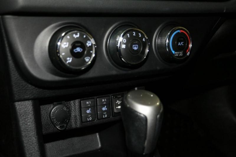 Toyota Corolla 2015 price $14,500