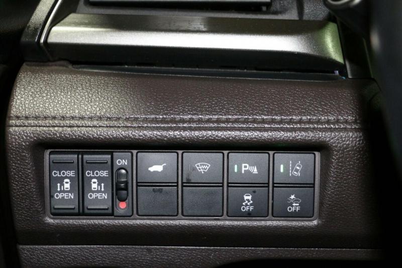 Honda Odyssey 2018 price $30,500