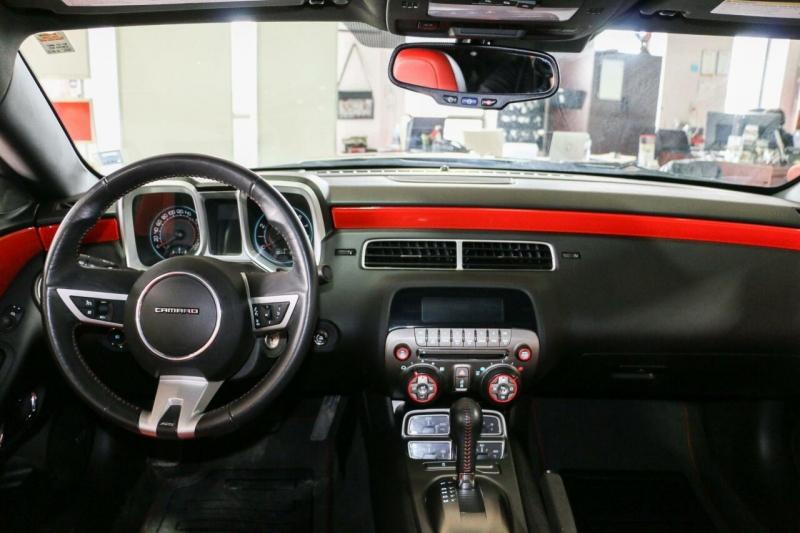 Chevrolet Camaro 2011 price $26,995