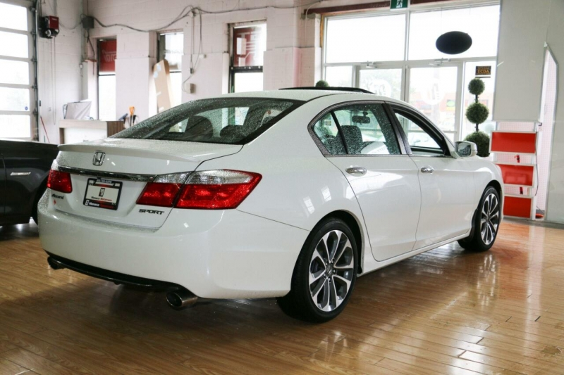 Honda Accord Sedan 2015 price $13,995