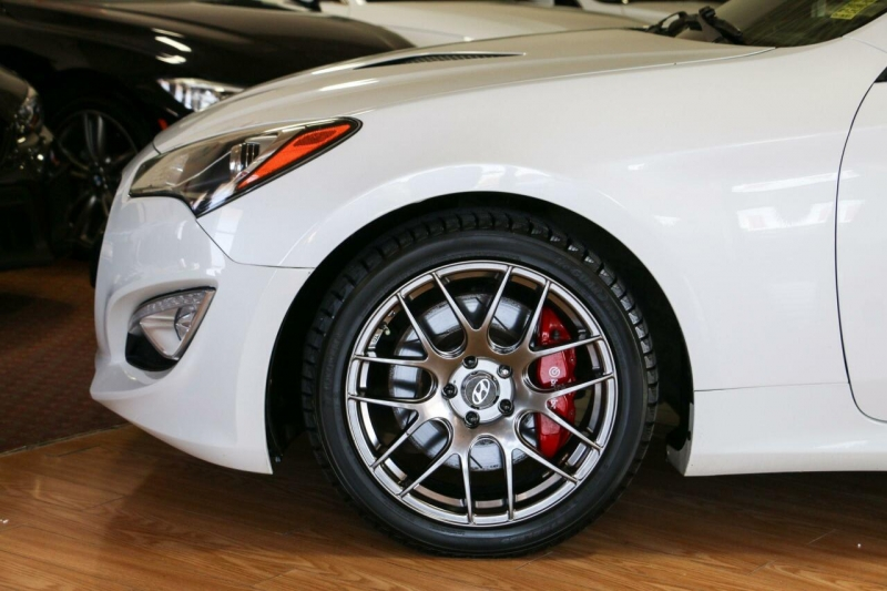 Hyundai Genesis Coupe 2013 price $12,995