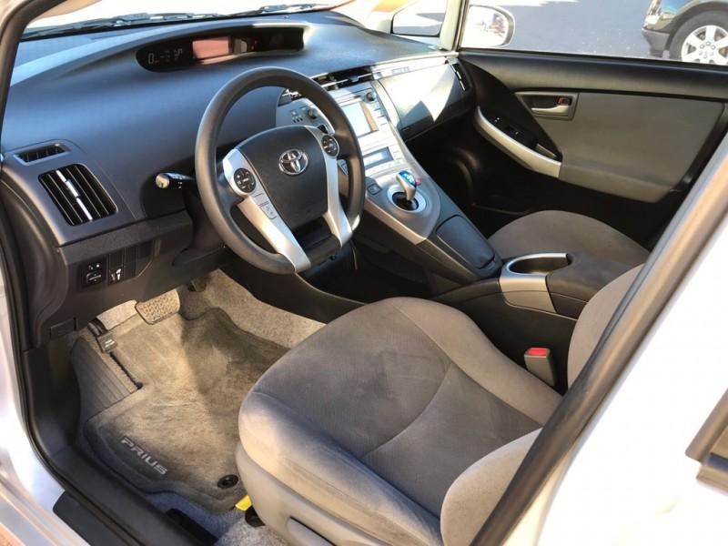 Toyota Prius 2015 price $11,500