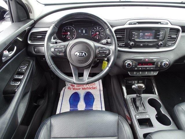 Kia Sorento 2016 price $19,499