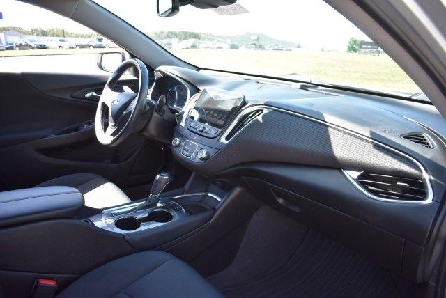Chevrolet Malibu 2017 price $17,594