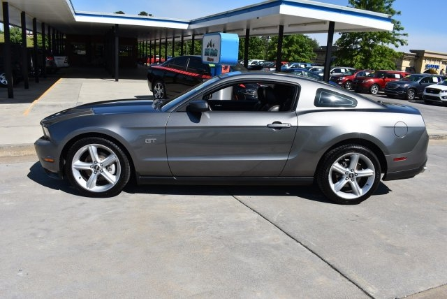 Ford Mustang 2010 price $13,500