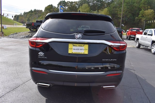 Buick Enclave 2018 price $30,499