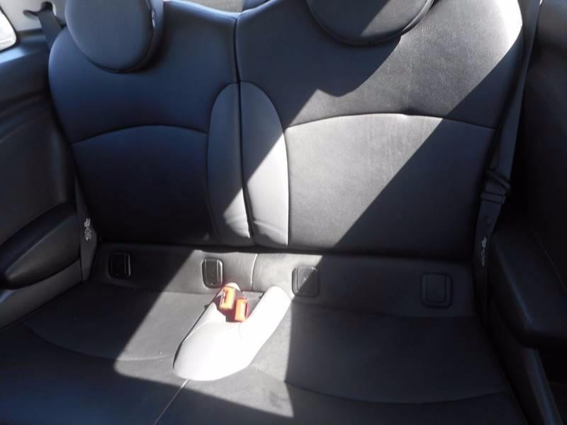 MINI Cooper 2010 price $5,395