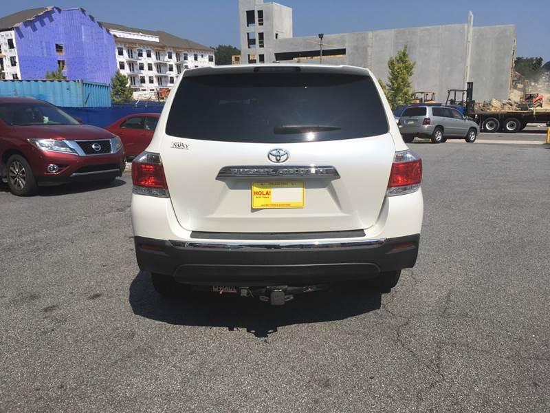 Toyota Highlander 2012 price $1,500 Down