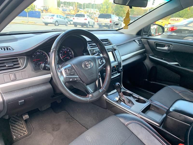 Toyota Camry 2017 price $1,400 Down