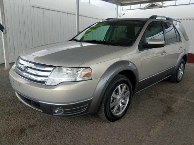 2009 Ford Taurus X 4dr Wgn SEL FWD *Ltd Avail*